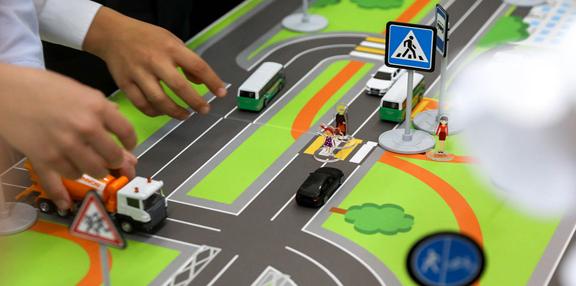 """""""Лаборатория безопасности"""" помогает школьникам Ненецкого округа изучать правила дорожного движения"""