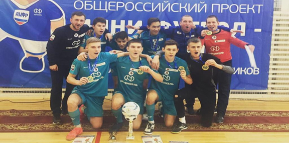 Команда из Ненецкого округа одержала победу в турнире по мини-футболу среди школ Северо-Запада